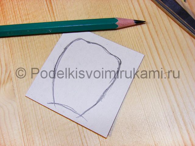 Изготовление розы из гофрированной бумаги - фото 5.