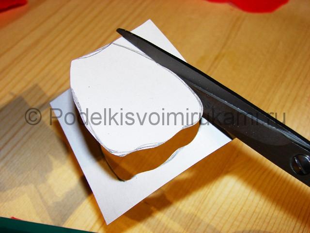 Изготовление розы из гофрированной бумаги - фото 6.