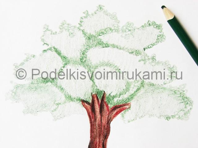 Рисуем дерево цветными карандашами - фото 18.