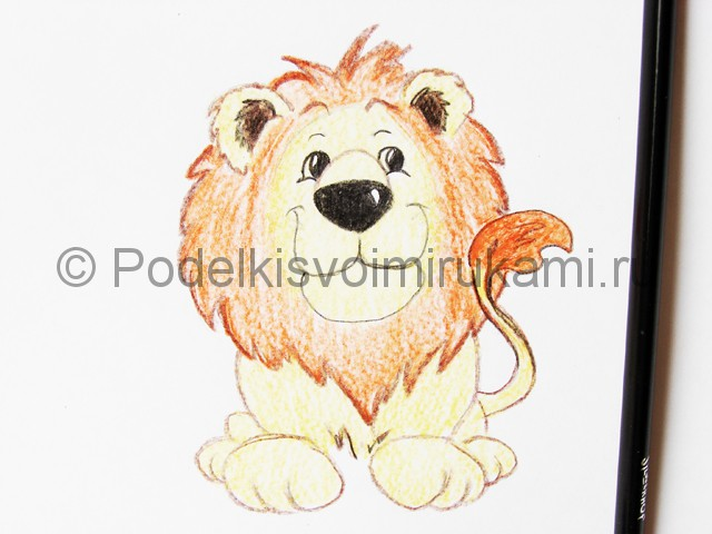 Рисуем льва цветными карандашами - фото 17.