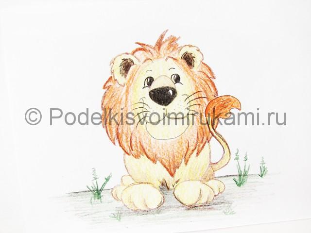 Рисуем льва цветными карандашами - фото 22.