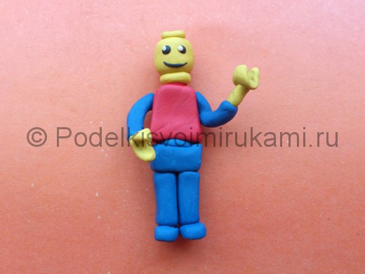 Лего из пластилина. Итоговый вид поделки.