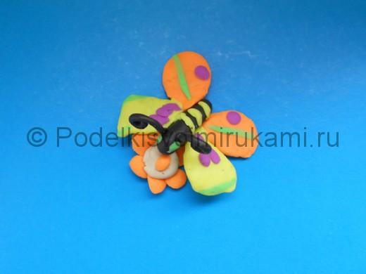 Лепка бабочки из пластилина. Итоговый вид поделки.