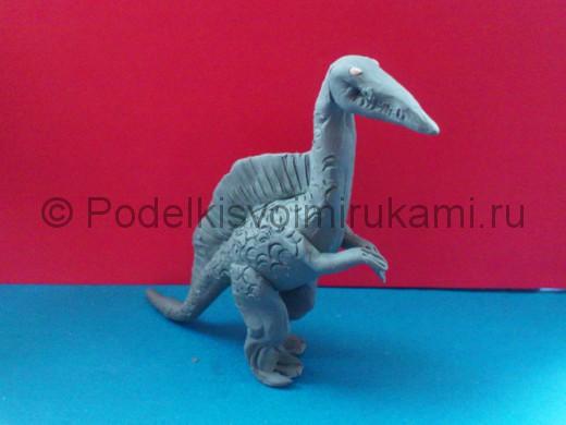 Спинозавр из пластилина.